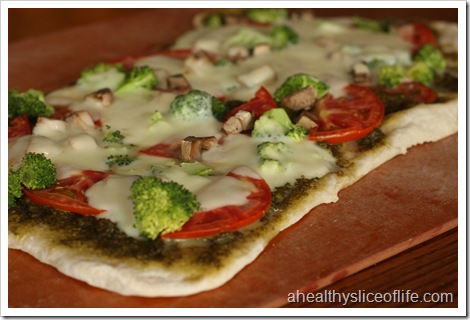 homemade pesto pizza
