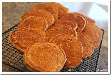 banana nut oatmeal pancakes