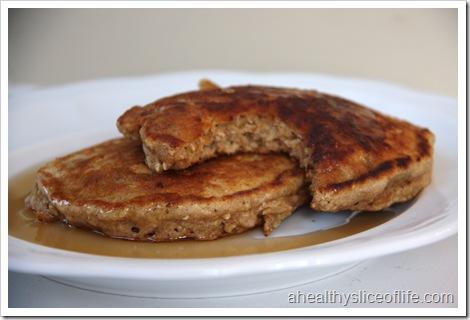 banana nut oatmeal pancakes bite