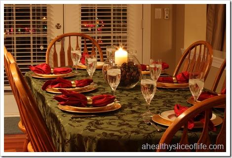 Chirstmas friends dinner set up
