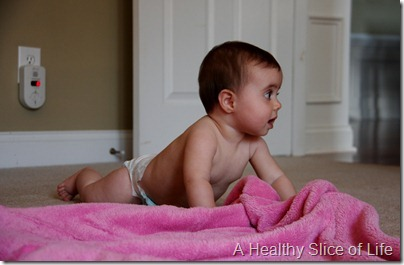 8 months old pushing up