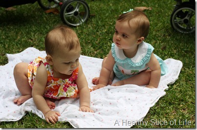 Savannah - babies in park