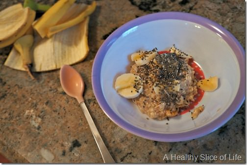 munchkin meals- finicky toddler- oatmeal and chia