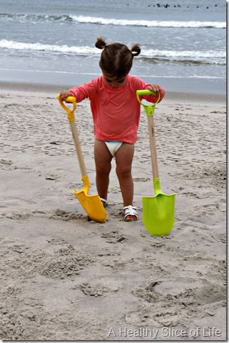 bald head island- toddler with shoes