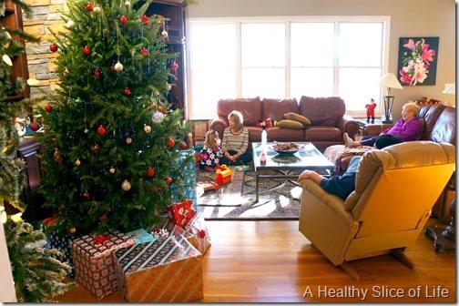 mom and dad's Christmas tree