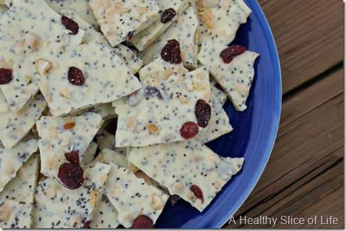white chocolate and chia seed crunch- close up
