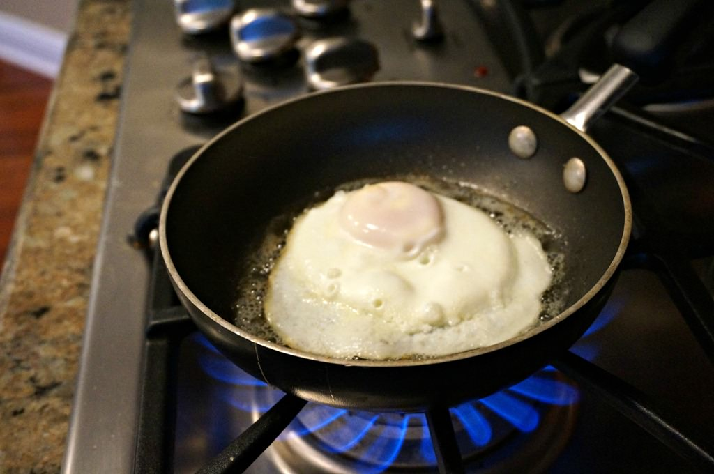 How To Make the Perfect Over-Medium Egg