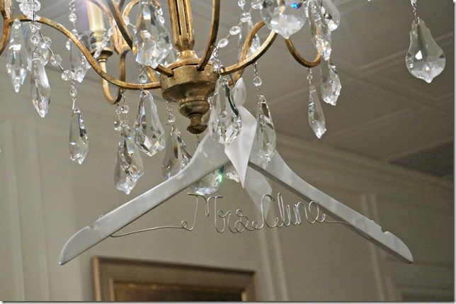 8 wedding hanger