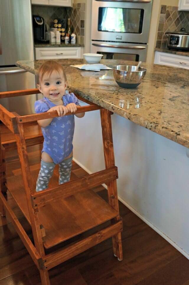 baby acrobat