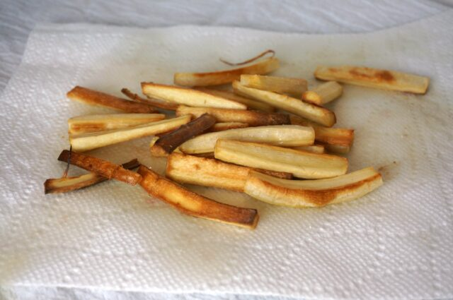 unique vegetables for toldders- parsnip fries
