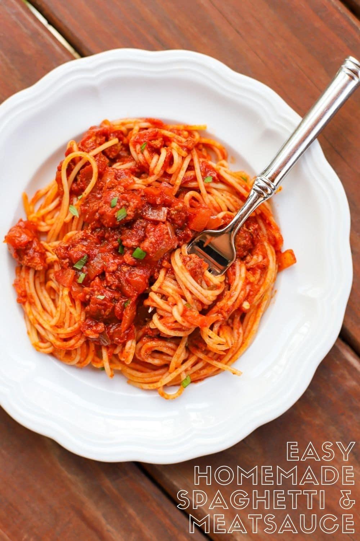 Mom's Homemade Spaghetti and Meat Sauce