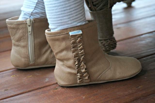 robeez boots