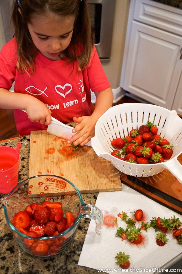 strawberry jam making-2