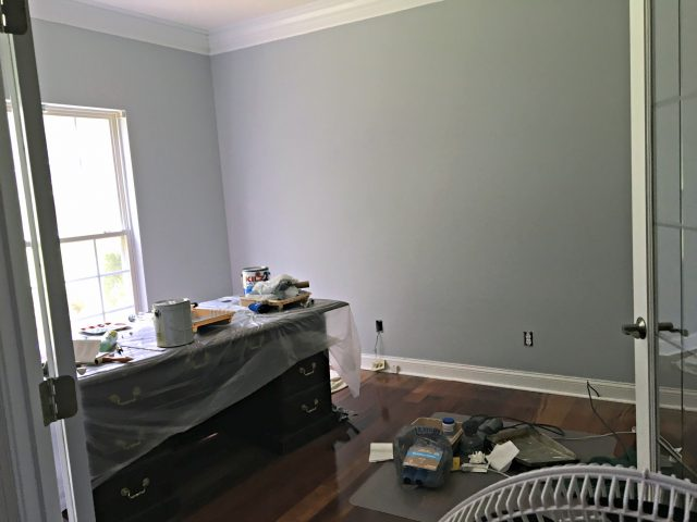 office paint gray screen