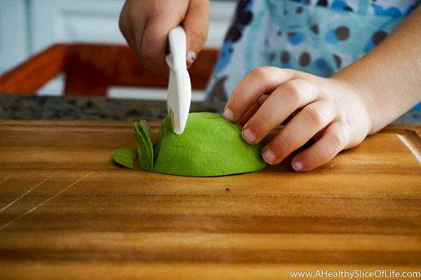 teaching kids to cut- knife skills in the kitchen (7 of 16)