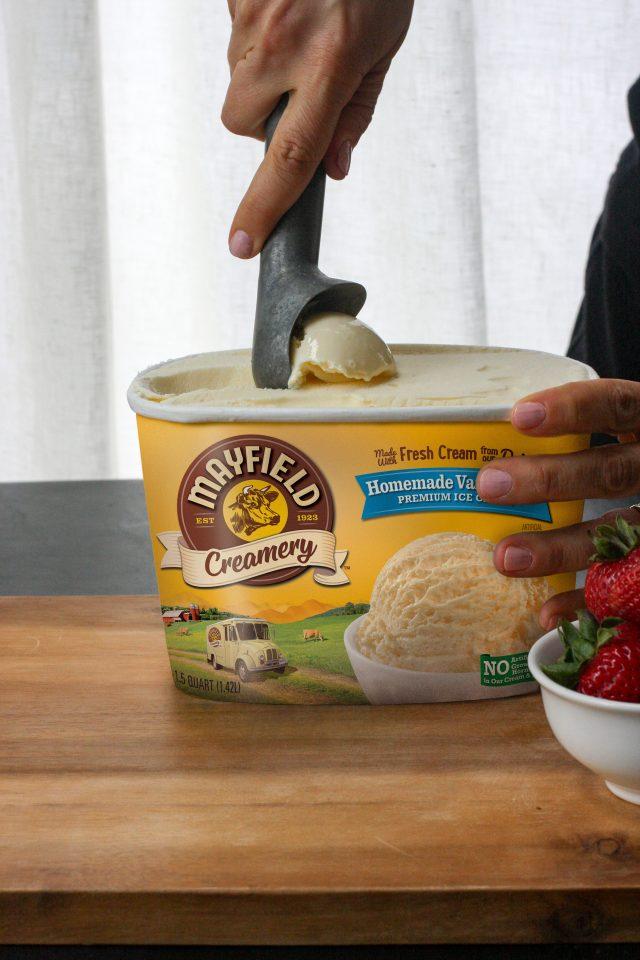 Mayfield Creamery Vanilla scoop