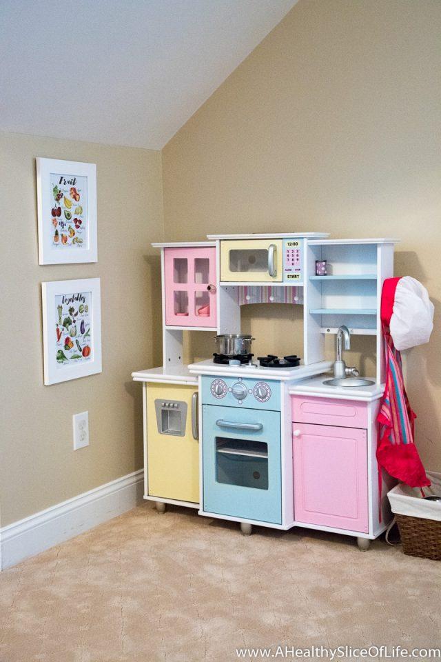 little girls kitchen