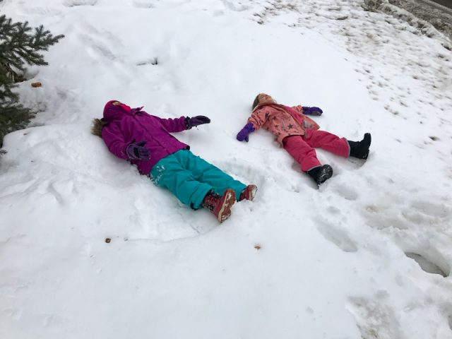 deer valley family ski trip snow angels