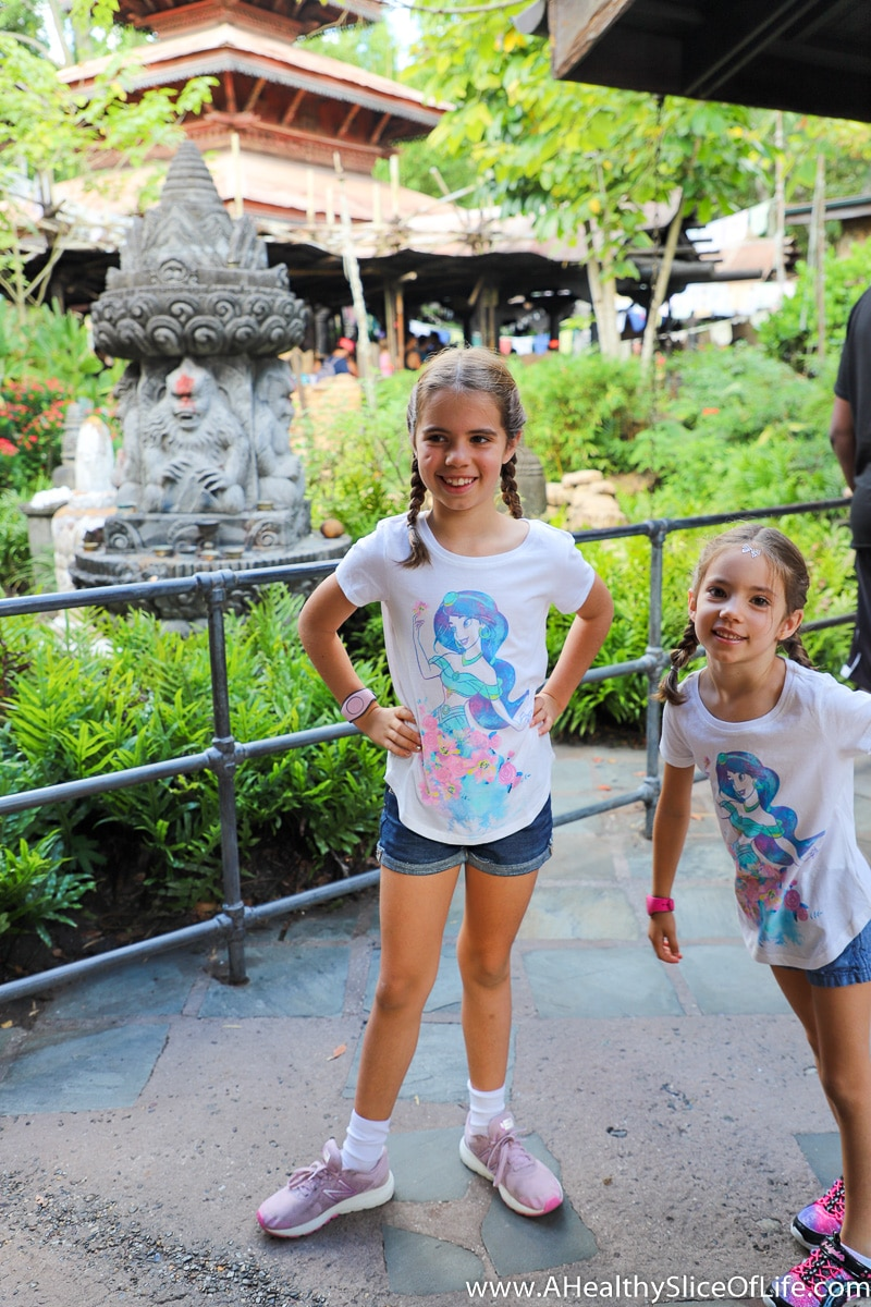 girls at Animal Kingdom